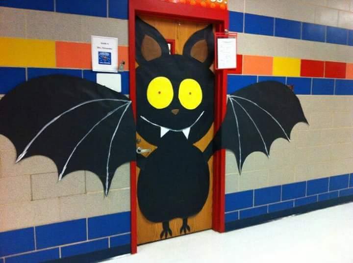 halloween door decorations bat halloween door decoration - Door Decorations For Halloween