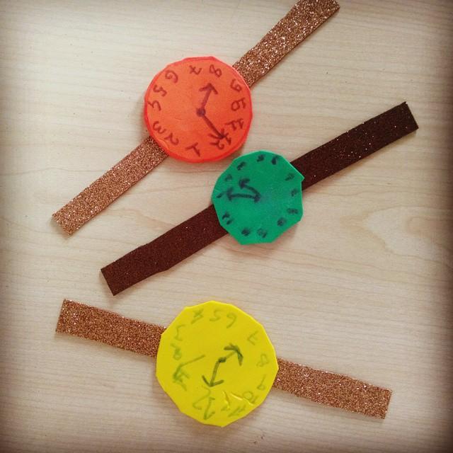 Foam clock project preschool and homeschool for Foam board project ideas