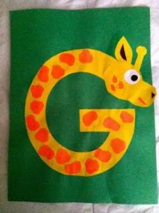 giraffe-craft-made-from-letter-g