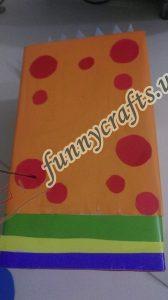 homemade-cardboard-box-fish-craft-10