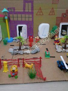 toddlers-city-sensory-cardboard-box-fun
