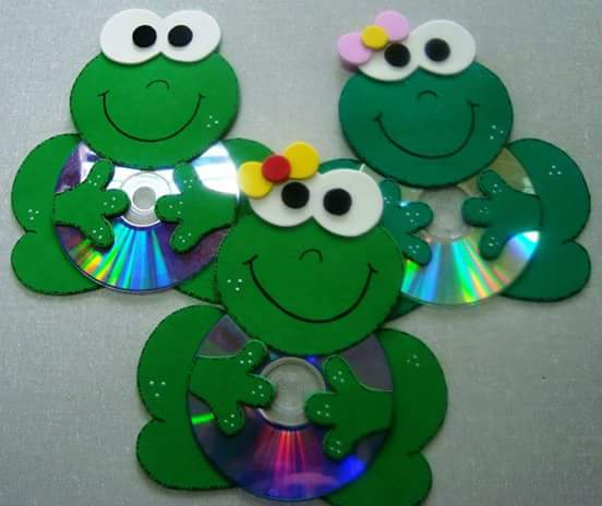cd-frog-craft