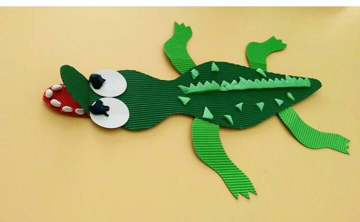 cartoon-crocodile-craft-idea