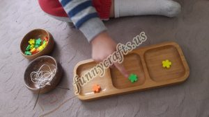 color-sorting-and-fine-motor-activity-with-foam-blocks-1
