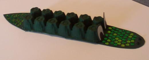 egg-cartoon-crocodile-craft-idea