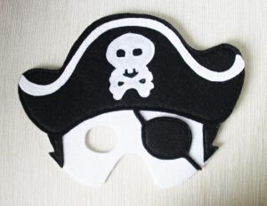 felt-pirate-mask