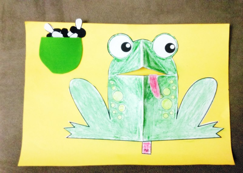 frog-feeding-craft-1