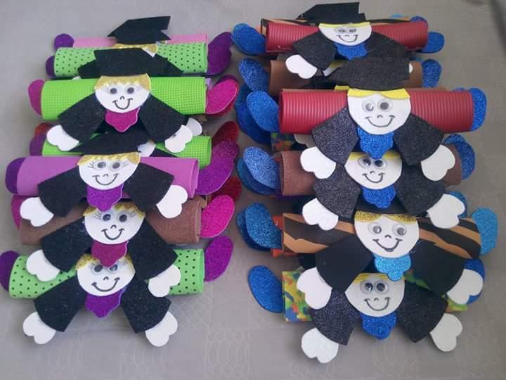 Graduation Craft Ideas 8 on Free Spring Bulletin Board Idea For Kids 4