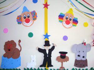 hallway-decorating-ideas-for-school-7