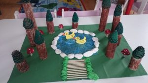 paper-roll-forest-craft-1