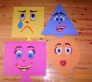 preschool-shapes-bulletin-board-ideas-for-kids-5