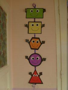 preschool-shapes-bulletin-board-ideas-for-kids-8