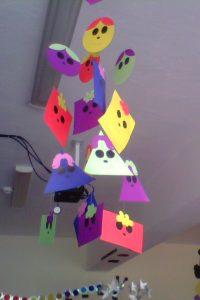 shapes-bulletin-board-ideas-classroom-decorations-for-preschool-2