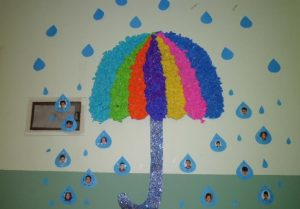 tissue-paper-umbrella-crafts-for-kids-1