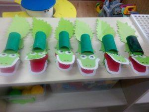 toilet-paper-roll-crocodile-craft-idea