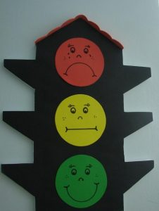 art-project-traffic-light-craft-2