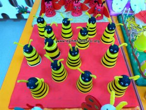 bee-craft-with-cup