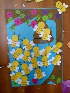 bee-door-decorations-for-kids-1