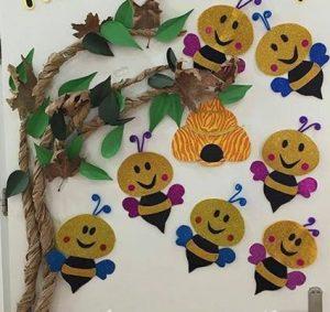 bee-door-decorations-for-kids-2