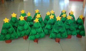 egg-cartoon-christmas-tree-craft