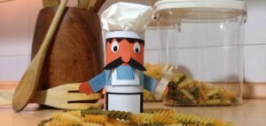 how-to-make-a-tissue-paper-chef-hat