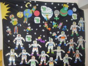 outer-space-and-astronauts-theme-and-activities-1