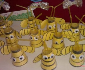 paper-cup-bee-craft