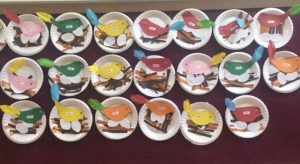 paper-plate-bird-bulletin-board-idea-2