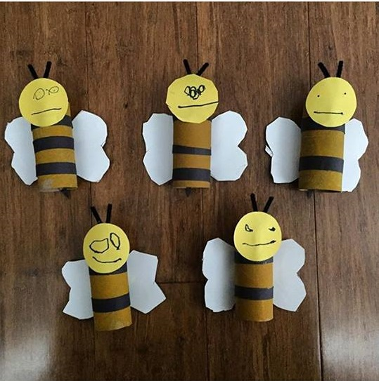 Paper roll bee craft preschool and homeschool for Plastic bees for crafts