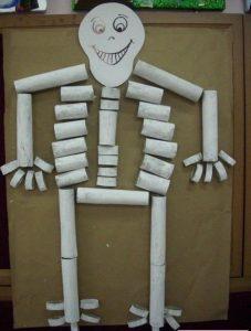 paper-roll-skeleton-craft