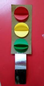paper-traffic-light-crafts-for-kids