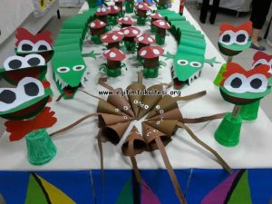 plastic-cup-frog-craft