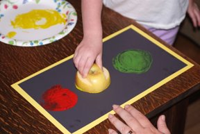 printmaking-traffic-light-arts-for-kids