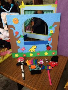 puppet-show-craft-for-kids-26