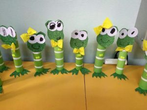toilet-paper-roll-frog-craft-1