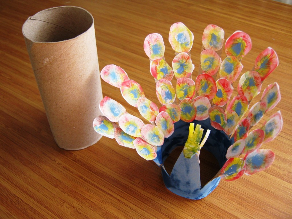 paper roll peacock craft toilet paper roll peacock 171 funnycrafts 5129