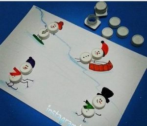 bottle-cap-snowman-craft