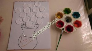cotton-pads-flower-art-idea-step-1-1