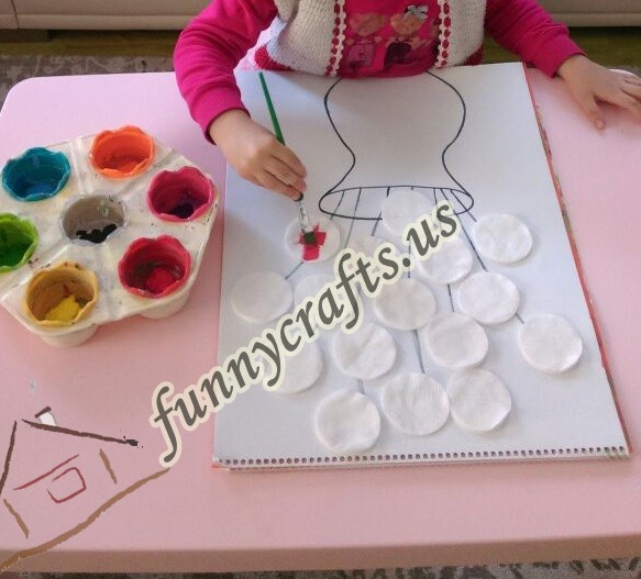 cotton-pads-flower-art-idea-step-2