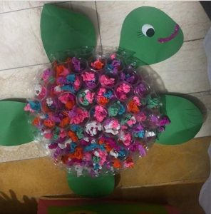 plastic-paper-turtle-craft