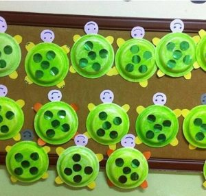 turtle-bulletin-board-idea-2