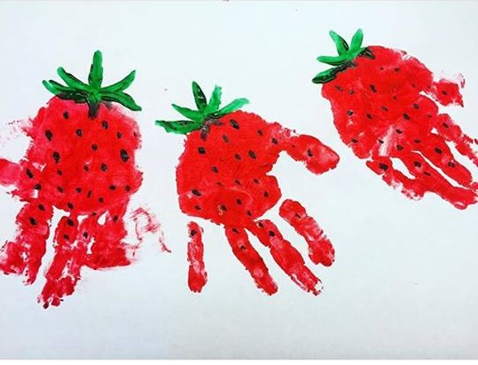 Handprint Strawberry Art 171 Funnycrafts