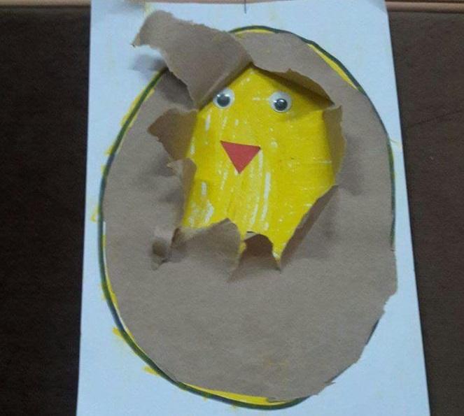 Preschool chick craft preschool and homeschool for Rooster craft for kindergarten