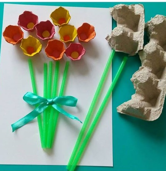 plastic craft ideas egg flowers 171 preschool and homeschool 2711